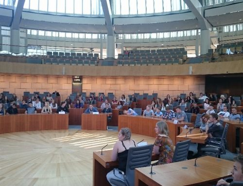 Besuch der Stufe 10 im Düsseldorfer Landtag