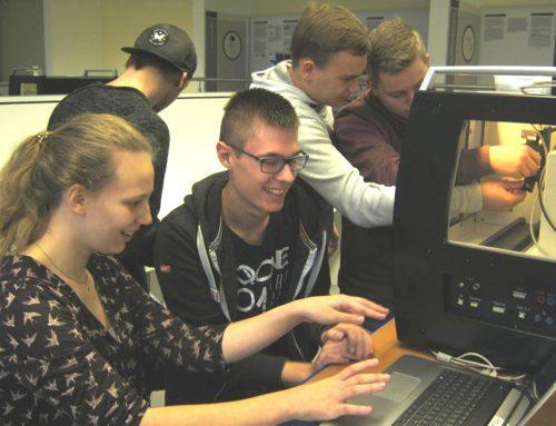 Schüler forschen im RöLab