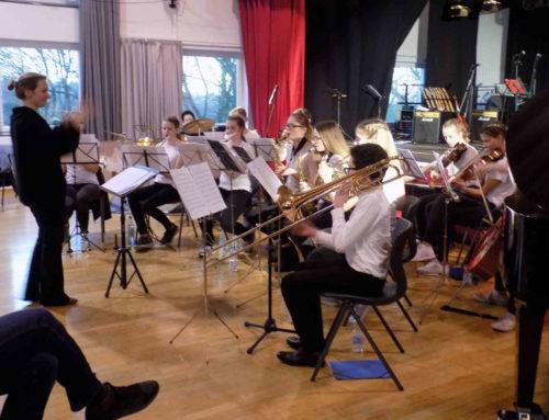 Pressebericht: Musikalisches Fest mit vielen Premieren